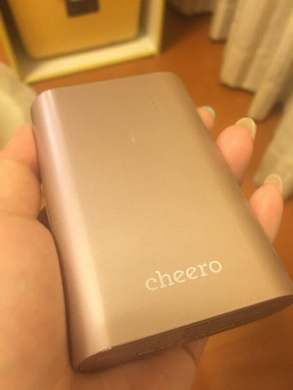 cheero Power Plus 10050mAh|本体(ピンク)
