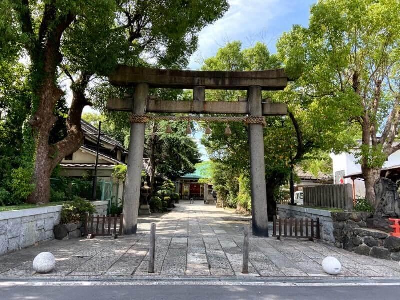 神社の鳥居|iPhone11で撮影(通常モード)